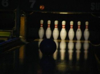 Bowling in Superbowl25